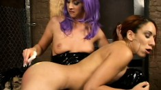 Kelly Wells Whacks Her Slave And Gets Some Of Her Own Treatment