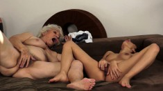 Lusty GILF wants to get carnal with an uninhibited young chick