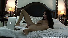 She shows off her pussy and ass to tease the fans of her web show