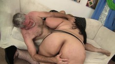 Fat Mia eats cock and gets licked, and gets her big cunt nailed