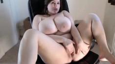 Webcam masturbation Busty BBW mom Andrea