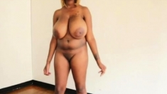 Big Boobs Ebony Hottie Suck White And Black Dildo Anal Toy