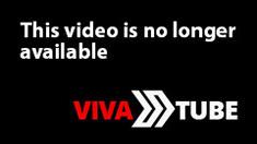 Amateur brunette double toying on webcam